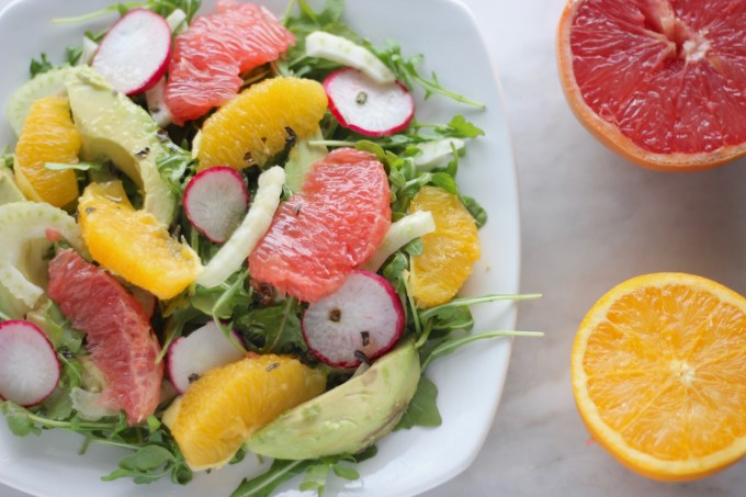 Citrus Fennel Salad with Grapefruit Vinaigrette (AIP) - a Paleo and allergy-friendly salad filled with juicy citrus, arugula, fennel, and creamy avocado! | fedandfulfilled.com