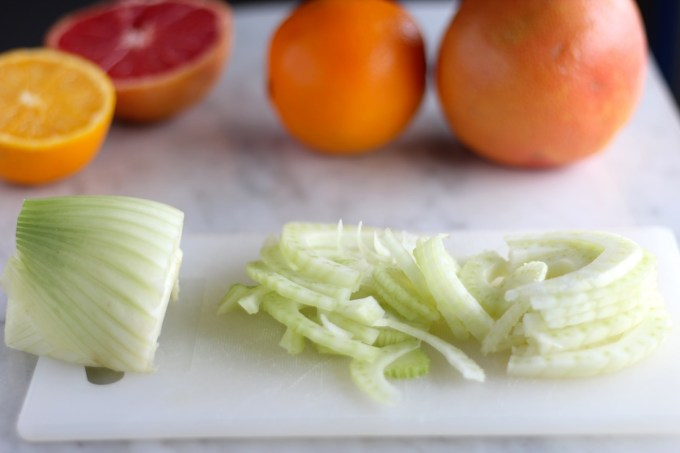 Citrus Fennel Salad with Grapefruit Vinaigrette (AIP) - a healthy and refreshing winter salad that you can also enjoy any time of the year! | fedandfulfilled.com