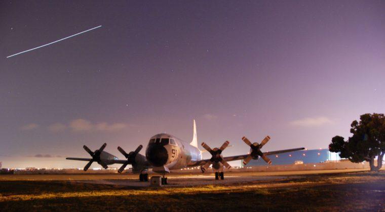 NASA Ames Singularity University 747 plane