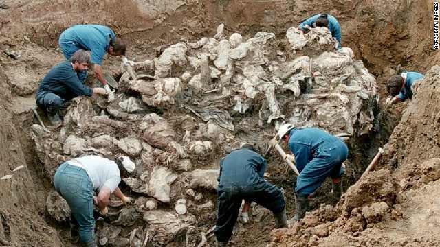 Masacrul din Srebrenica si Sarajevo