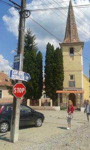 centrul satului mihaileni indicatorul spre canion