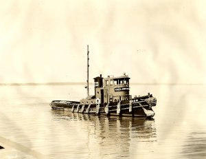 EDCO Tug in Cape Fear River