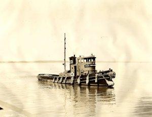 EDCO Tug in Cape Fear River