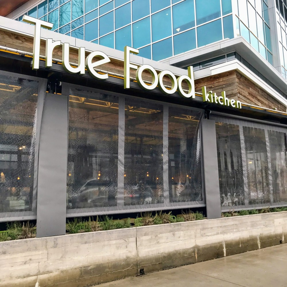 while doing some weekend shopping at fairfaxs mosaic district my brother and i decided to end our shopping trip with a stop at true food kitchen - True Food Kitchen Mosaic