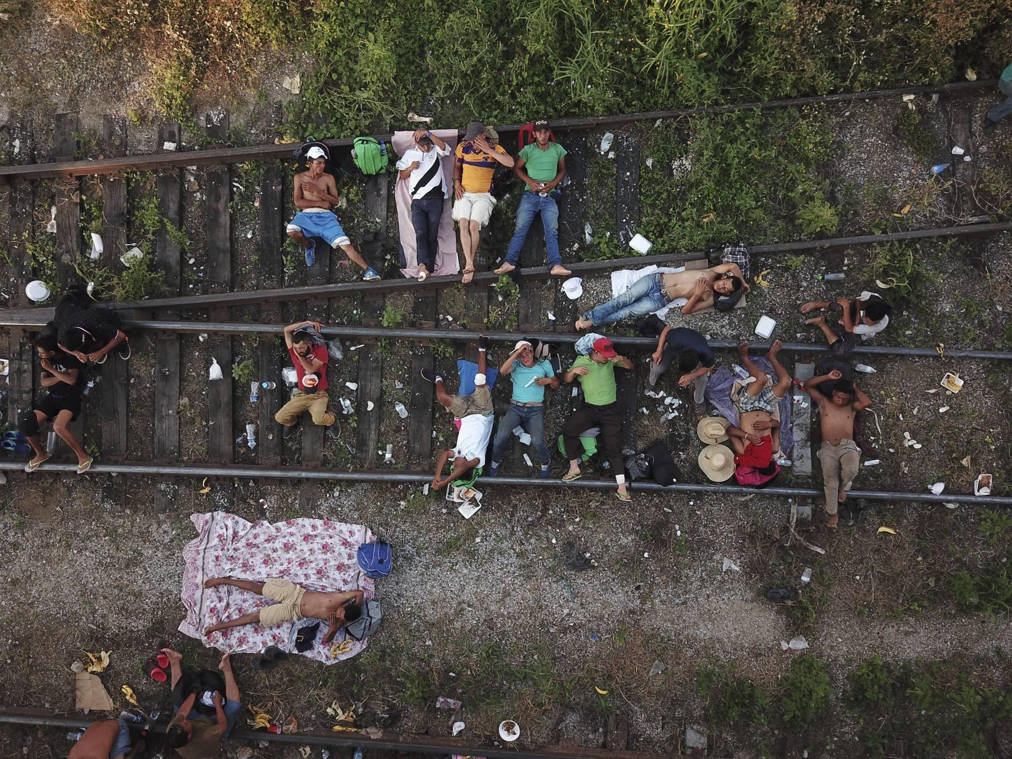 United Nations says almost 2,000 migrants leave caravan, seek asylum in Mexico