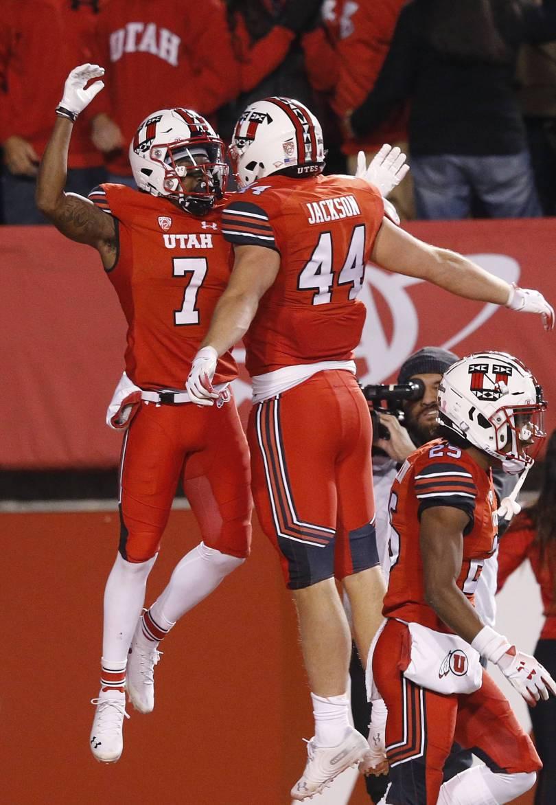 Arizona Utah Football 27583 - Huntley passes, runs, catches for TDs, Utah rolls Arizona