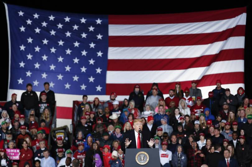 Election 2018 Trump 17067 - The Latest: Trump looks to boost GOP prospects in Kentucky