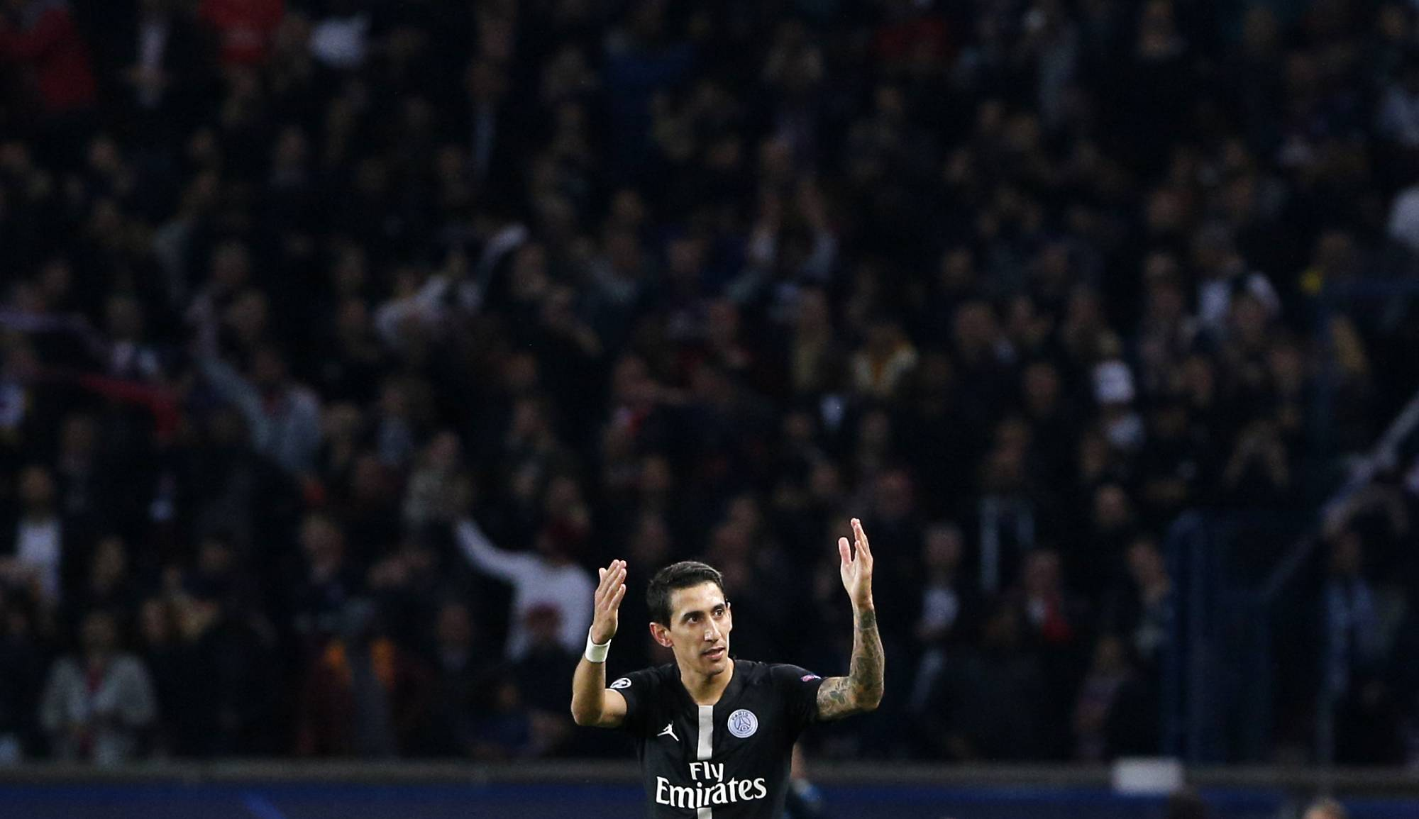 Di Maria's goal saves PSG's blushes in draw with Napoli