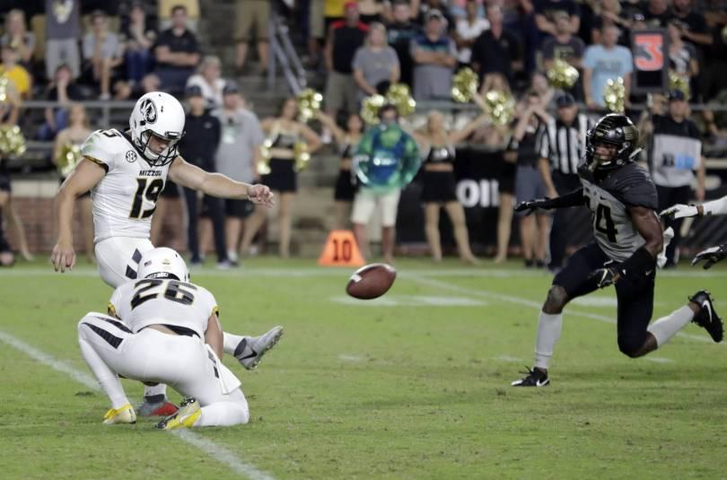 Missouri Purdue Football 83259 - McCann kicks FG as time expires; Missouri beats Purdue 40-37