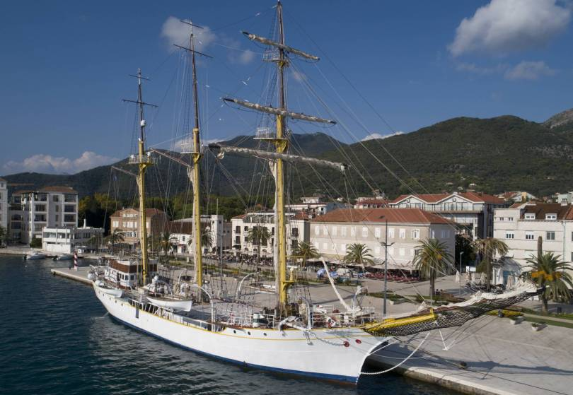 Montenegro Croatia Ship Dispute 16430 - Montenegro-Croatia relations in danger over training ship