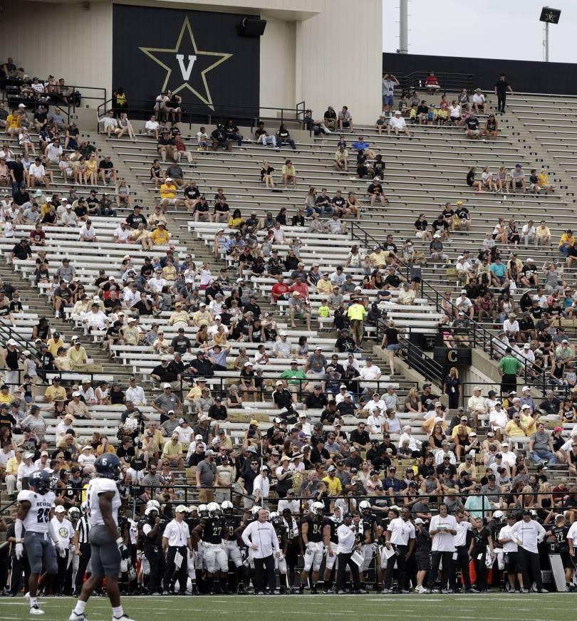 Ohio Virginia Football 05240 - Hurricane stokes talk of extending college football season