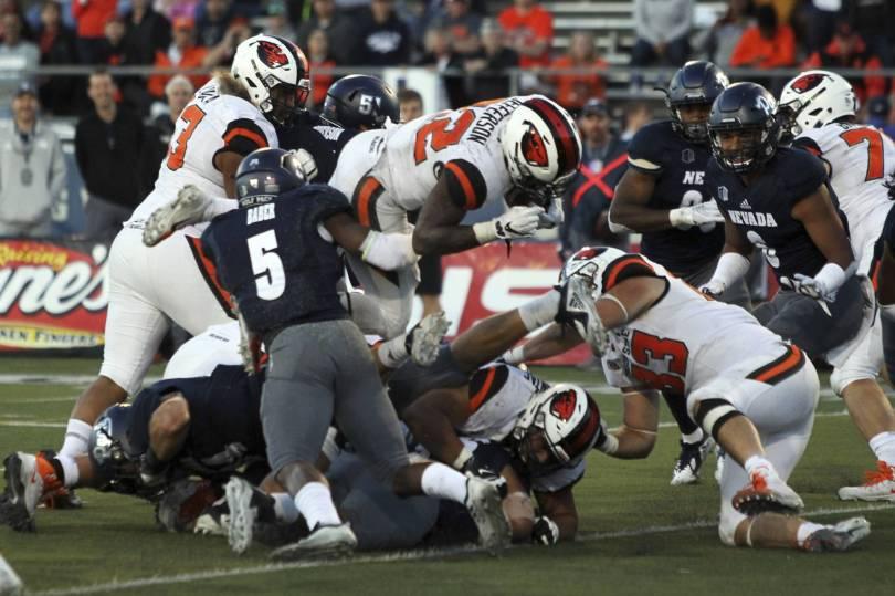 Oregon St Nevada Football 64793 - Nevada holds off Oregon State comeback, 37-35