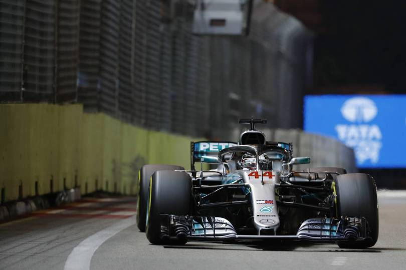 Singapore F1 GP Auto Racing 28078 - F1 leader Hamilton wins Singapore GP; Verstappen 2nd