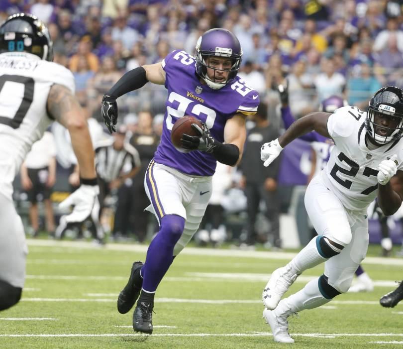 Vikings Packers Football 21467 - Vikings D preparing for all scenarios with Rodgers, Packers