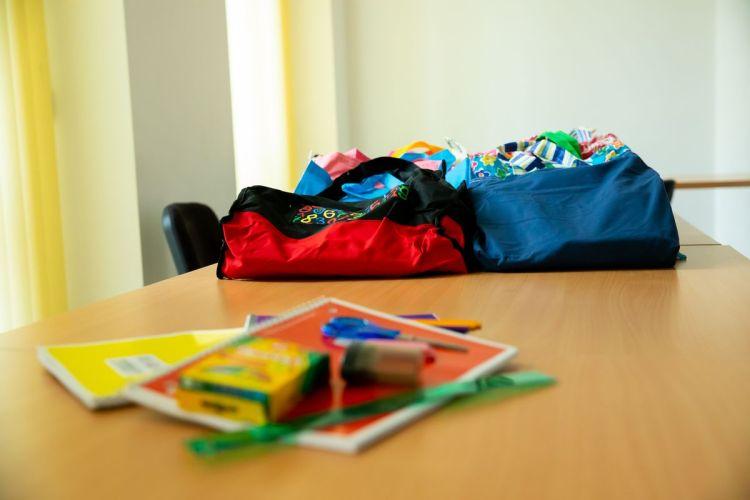 donatie-kituri-scolare-5