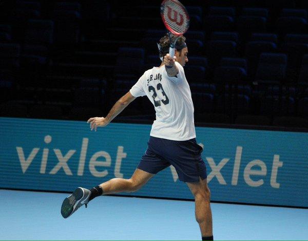 federer_2015_worldtourfinals_16