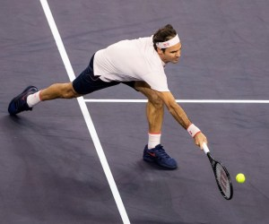 Federer Wins Back to Back Three Setters in Shanghai