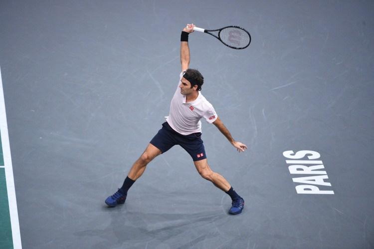 Federer Advances to Paris Masters Semifinals