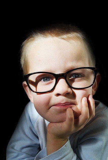 niño gafas vision infantil federopticos Idiakez Donostia San Sebastian