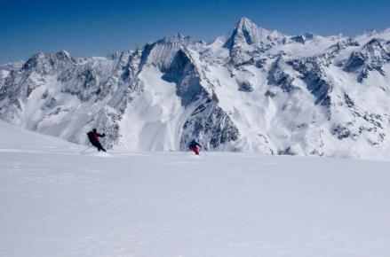 Gran descenso frente a la Dent Blanche