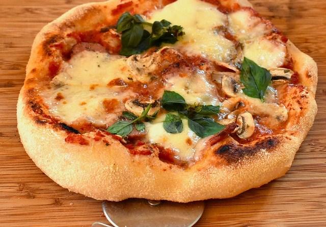 pellets pizza