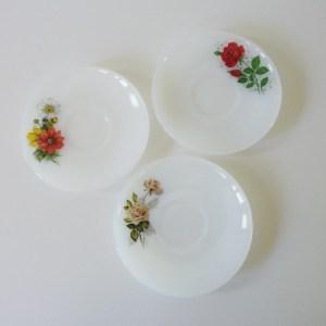 petite assiette arcopal fleurs