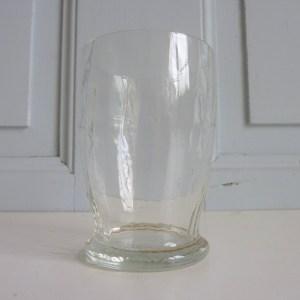 2 petits verres anciens à facettes
