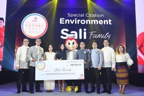 Jollibee-Special-Citation-Environment-2019 (Sali Family).JPG