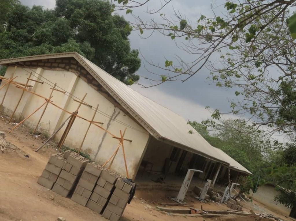 Iresaadu roof