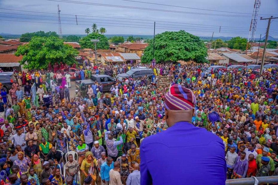 Governor Seyi Makinde addresses the people of Igangan