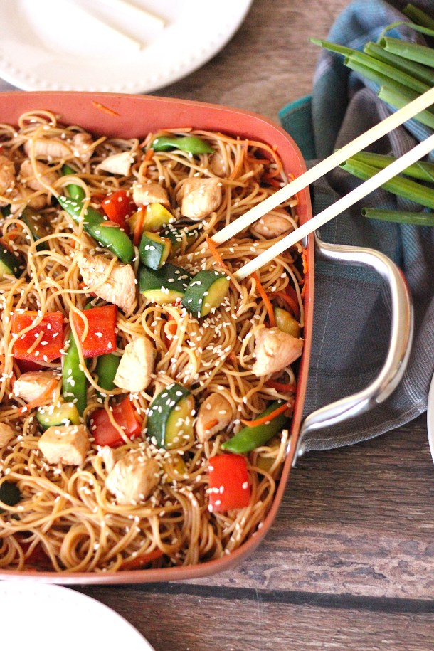 Chicken Vegetable Lo Mein in a pan