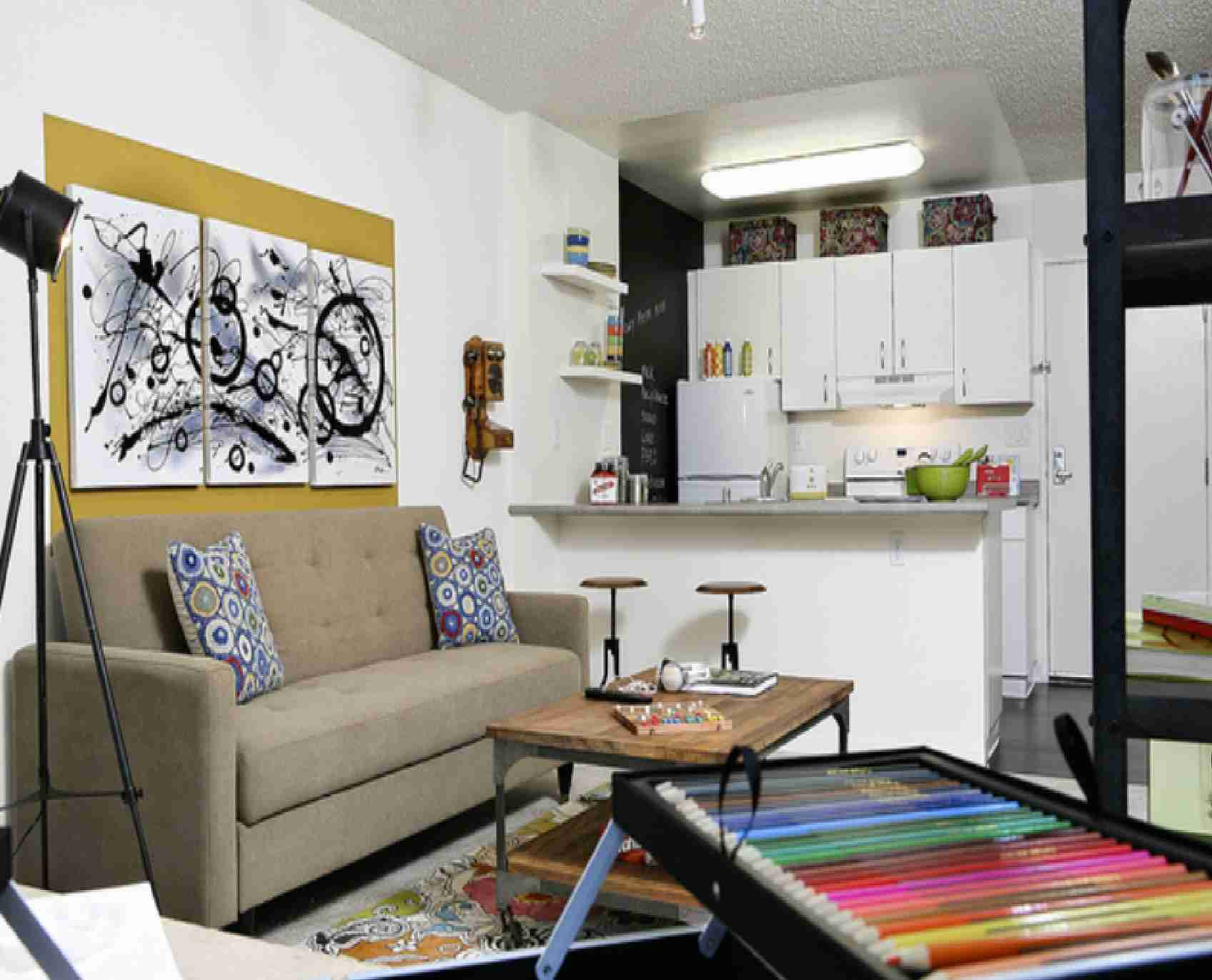 30 Home Decorating Ideas For Small Apartments on Small Living Room Decorating Ideas  id=29325