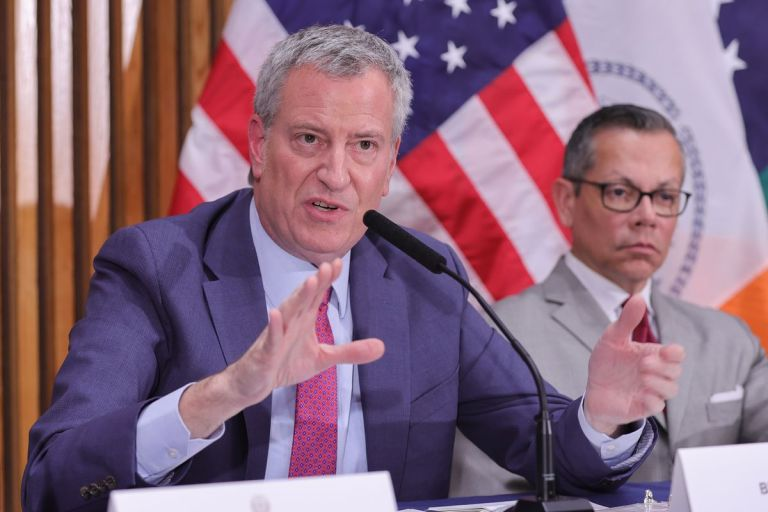 Jewish groups slam New York's Mayor de Blasio for 'scapegoating' Jewish community - Feed Me The Word Today