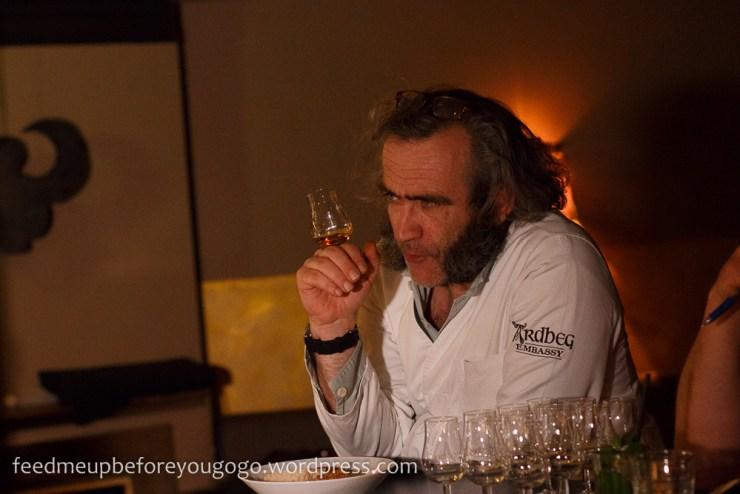 Ardbeg Auriverdes Single Malt Whisky-2