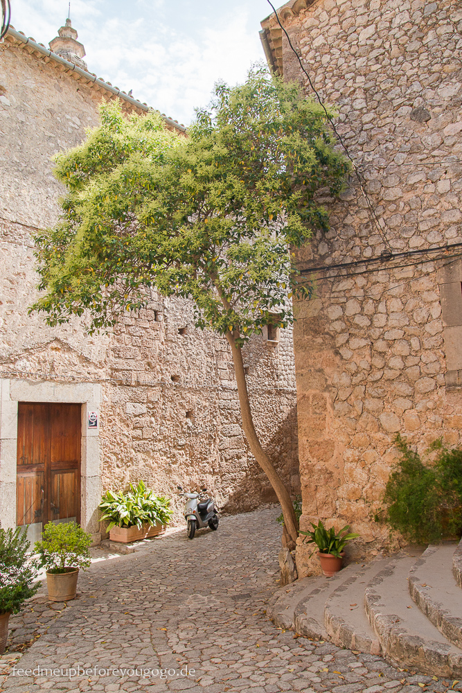 Mallorca Food & Travel Guide - die schönsten Bergdörfer Valldemossa Feed me up before you go-go