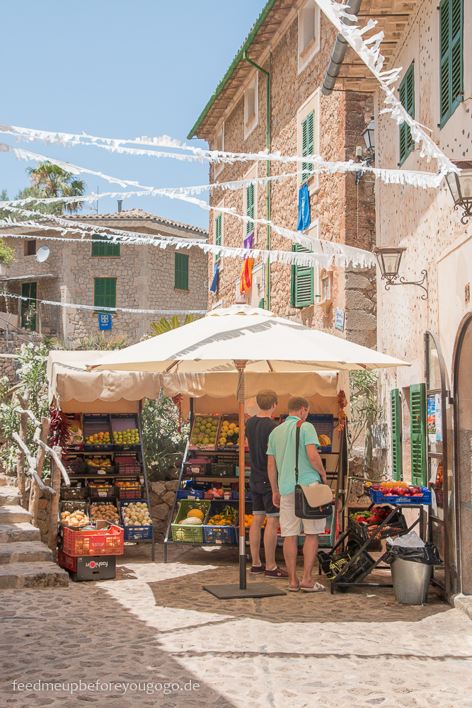 Mallorca Food & Travel Guide - die schönsten Bergdörfer Deià Feed me up before you go-go