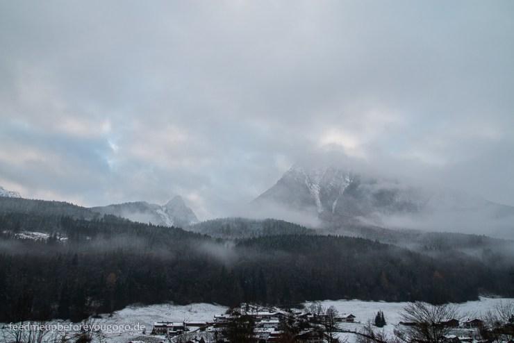 Alpen im Nebel im Berchtesgadener Land