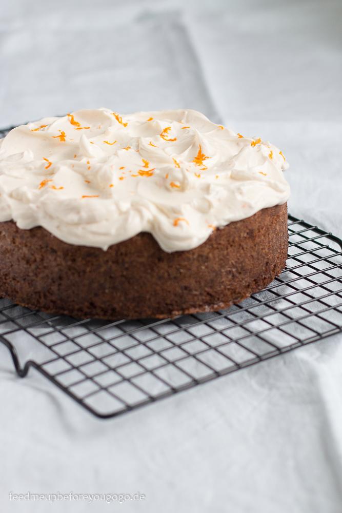 Pastinakenkuchen mit Pekannuss, Orange und Anis Rezept Ottolenghi