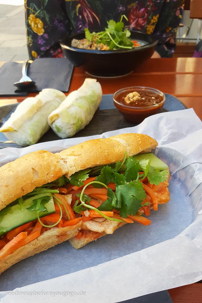 Banh mi and beer München vietnamesisches Sandwich