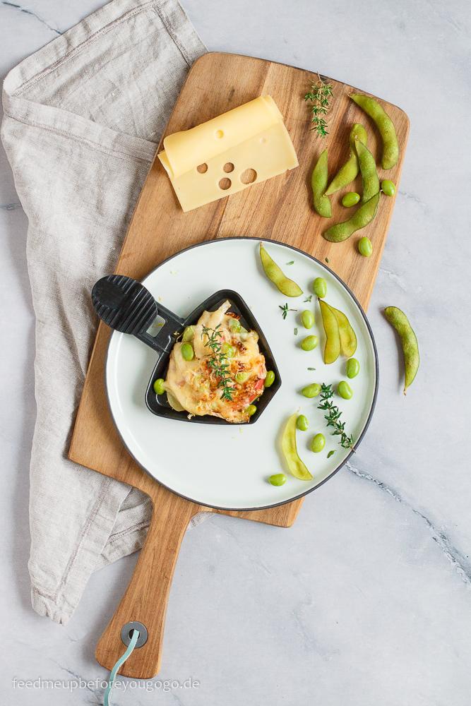Raclettepfännchen mit Fenchel, Apfel, Edamame und Zitrone Rezept