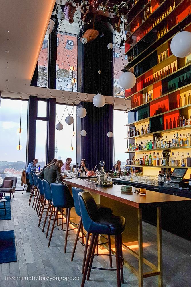 M'Uniqo Rooftop Bar im Andaz München Hotel