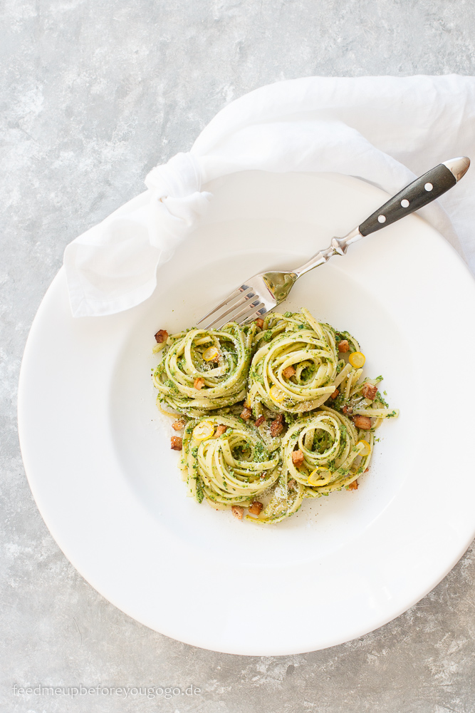 Grüne-Soße-Pasta mit Räuchertofu Rezept mit sieben Frankfurter Grüne-Soße-Kräutern