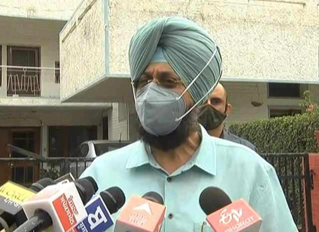 revolt in Congress Meeting of 5 Ministers and 7 MLAs at Charanjit Channi residence in Chandigarh, Punjab News