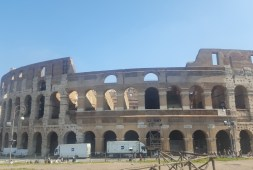 the-roman-trio-colosseum-palantine-hill-and-roman-forum