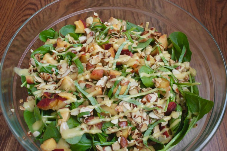 Peach and Spinach Salad with Basil and Almonds, www.feedthemwisely.com