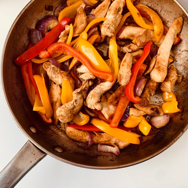Easy 30 Minute Chicken Fajitas
