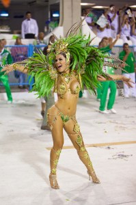 women-in-artistic-fashion-as-thr-part-of-brazil-festival