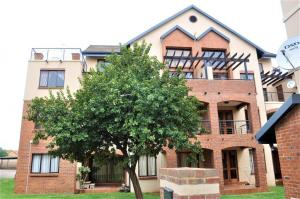 Hilltop Lofts 173 Fully Furnished 2-Bedroom Apartment To Let in Midrand by Feel-at-Home Properties