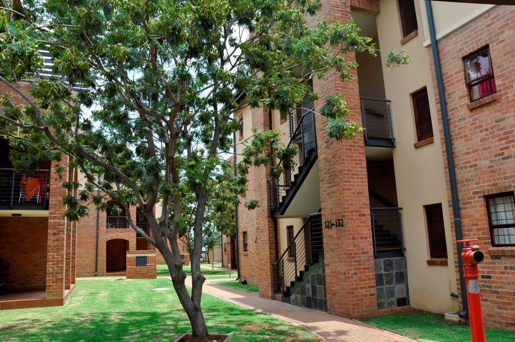 One Bedroom Apartment Hilltop Lofts 83 Carlswald Midrand
