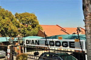 Dian Lodge No 16 is a 3-Bedroom Townhouse To Let in Halfway Gardens Midrand by Feel-at-Home Properties